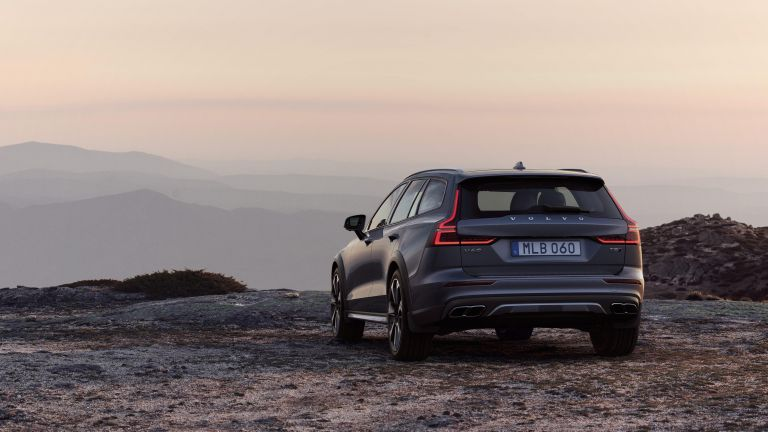 Nové Volvo V60 Cross Country 2019